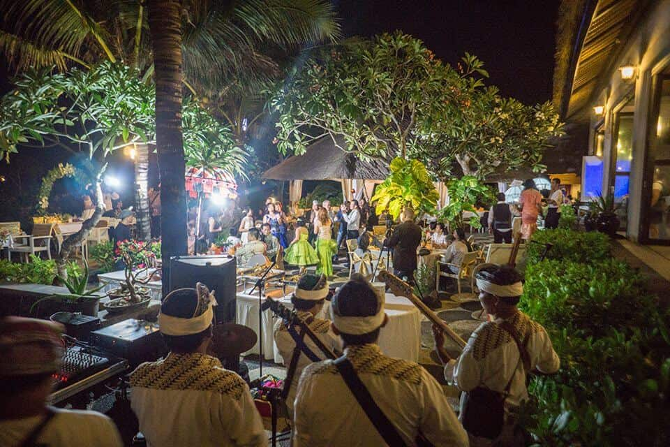 bali weddings | nusa dua beach grill | wedding celebration